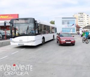 Concurs autobuz masina bicicleta