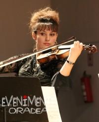 Eva Costin