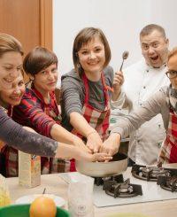 cursuri de gătit, oradea, chef tiberius, raw vegan, vegan, evenimente oradea, articol, strada nicolae jiga