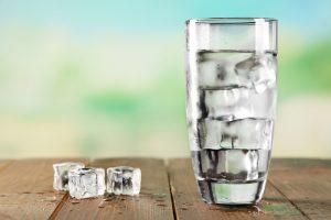 opriri apă rece